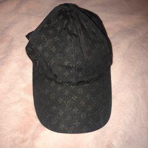 Louis Vuitton monogram baseball cap